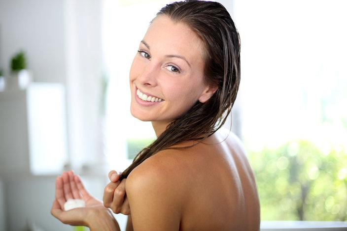 cabelos elásticos-2-receitas-caseiras-para-recuperar-rapidamente-passo-a-passo