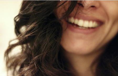 como-se-sentir-bonita-feliz-e-confiante-4