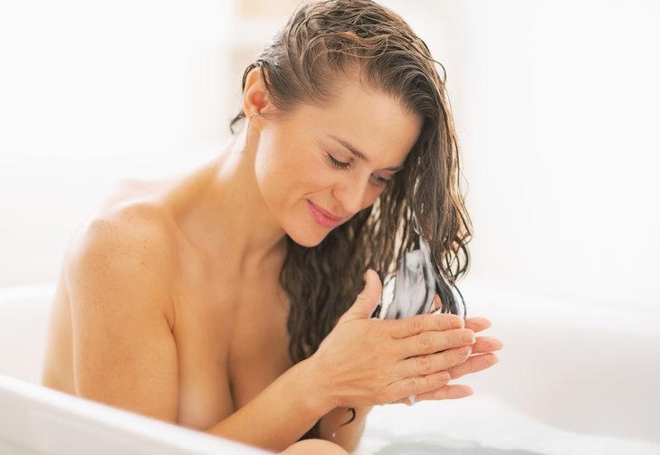 melhor-hidratacao-para-cabelos-finos-e-ralos-aplicacao