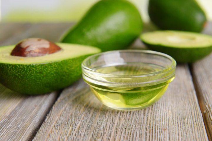 melhor-hidratacao-para-cabelos-finos-e-ralos-oleo-de-abacate