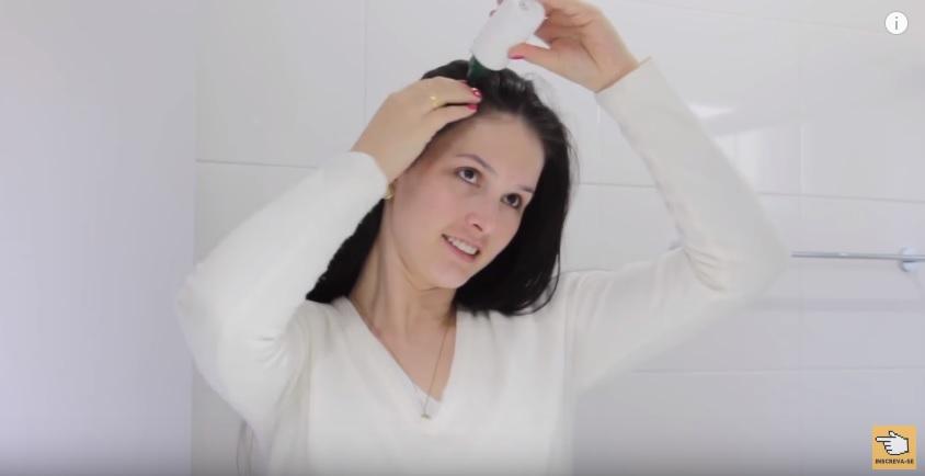 tonico-de-gengibre-para-o-cabelo-crescer-aplicacao